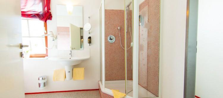 Apartment mit Dusche