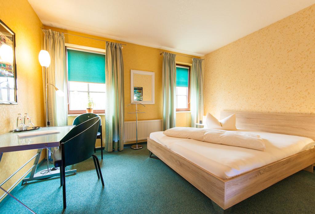 Hotel An Der Weide Berlin Mahlsdorf Gunstig Komfortabel