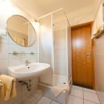 Doppelzimmer mit Dusche