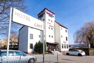 Hotel in Berlin Mahlsdorf - Außenansicht